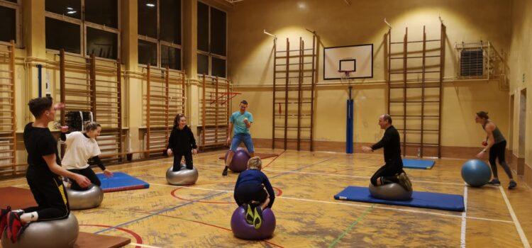 Przed sezonem (i w trakcie) ćwiczymy na sali gimnastycznej